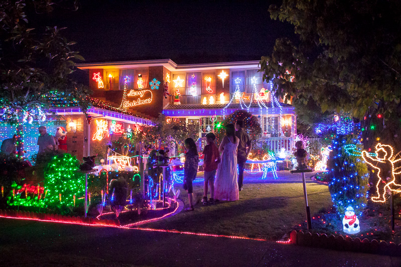 Christmas Lights Melbourne - Jenola Parade, Wantirna South. Photograph by  Clayton Travis Ford; - Christmas Lights Melbourne €� Jenola Parade, Wantirna South